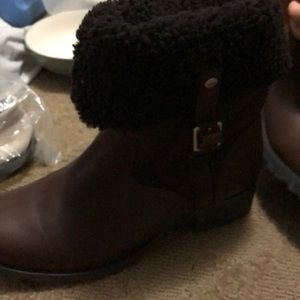 UGG Shoes - Uggs boots